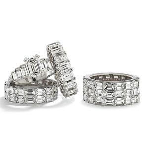 Ringe in 950 Platin mit weißen Diamanten. Erhältlich in verschiedenen Größen.