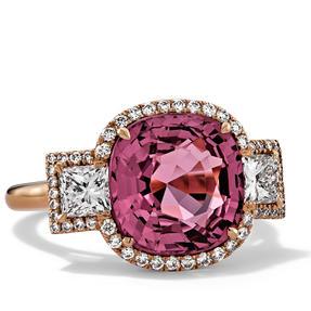 Ring in 750 Roségold mit rotem Spinell und weißen Diamanten. Erhältlich in verschiedenen Größen.